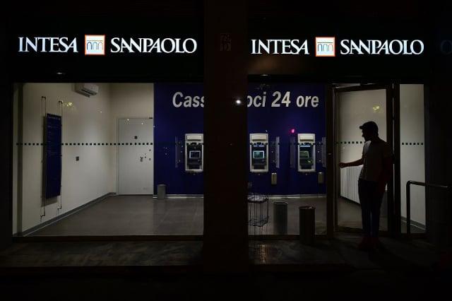 US fines Italian bank $235 million for laundering violations