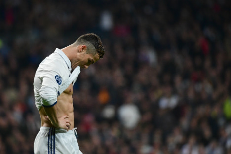 Ronaldo publishes details of €225m income denying accusations of tax fraud