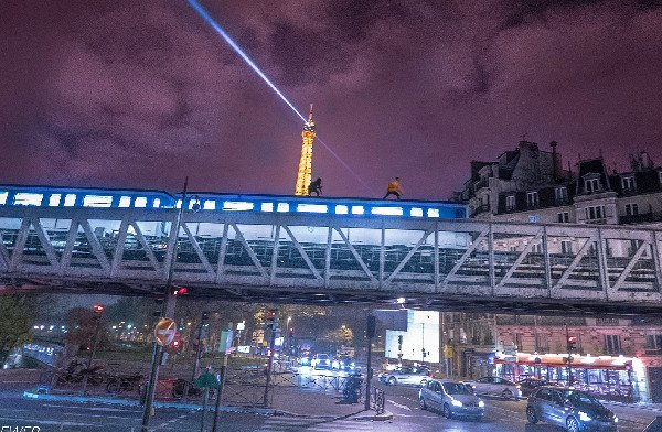 British thrill seekers face charges for 'surfing' Paris Metro across Seine