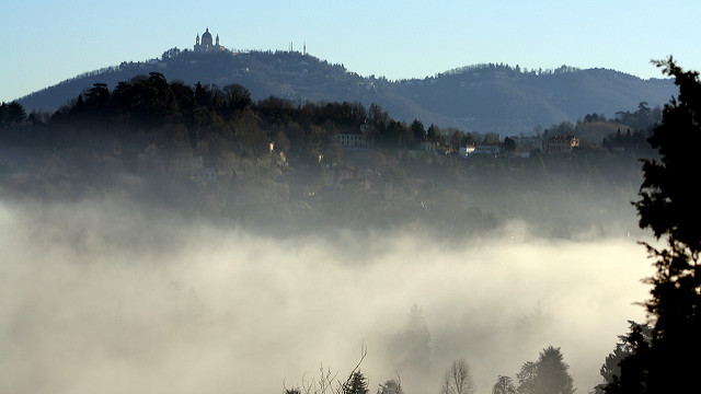 Turin smog puts half of children at health risk: study