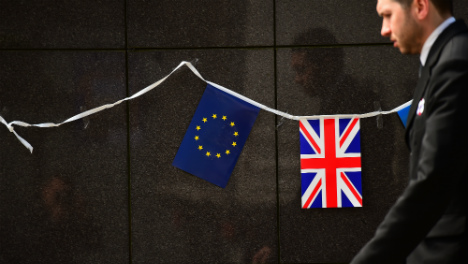 Brussels 'to fast-track offer' for British nationals in Spain to remain EU citizens