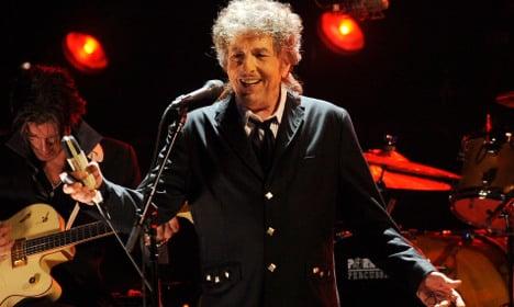 Bob Dylan writes speech for Nobel Prize ceremony
