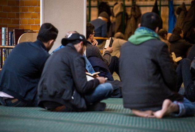 Swedes wildly overestimate Muslim population: survey