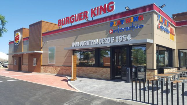 Fast food restaurant announces name change as Spaniards can't pronounce 'Burger King' properly