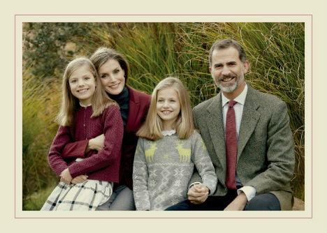 Spanish princess dons reindeer jumper in royal Christmas card