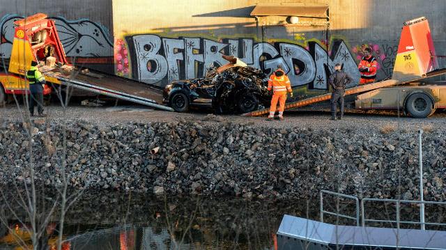 Viola Beach crash victims did not suffer, inquest hears