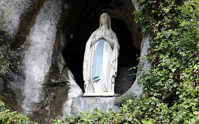 French town ordered to remove statue of Virgin Mary