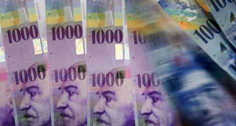 Finders keepers? Woman finds 50,000 francs on Basel street