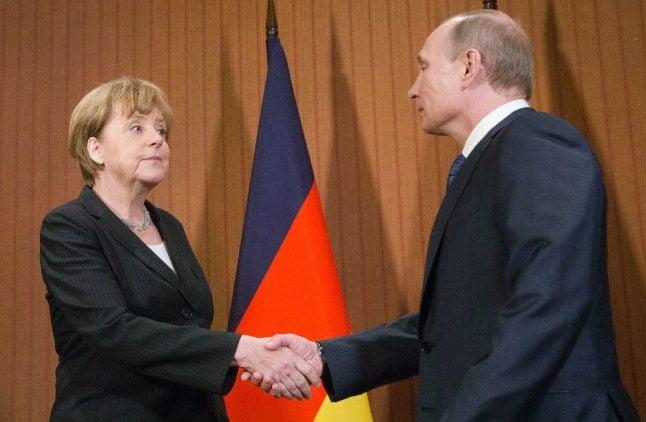 Merkel wants to extend Russia sanctions over Ukraine