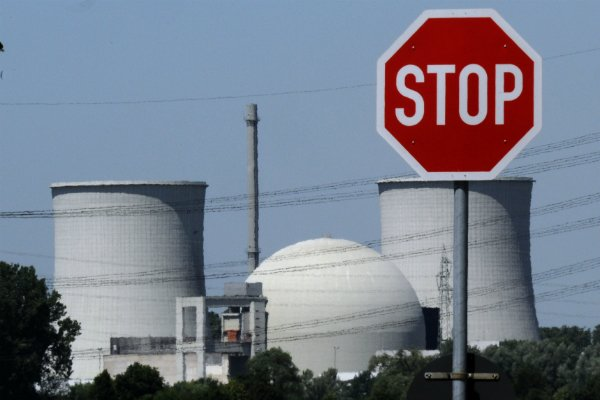 Germany must pay nuclear firms compensation: high court judges
