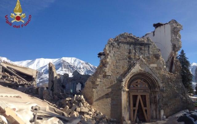 New quake in Amatrice hits 15th-century church