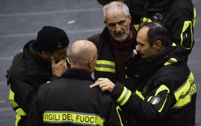 Italy hits back at Charlie Hebdo avalanche cartoon