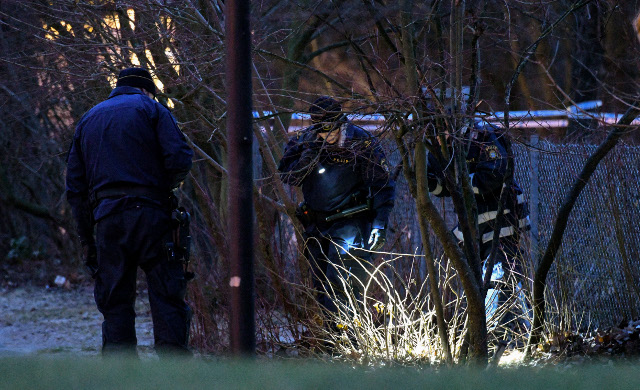 Woman, 18, found with gunshot wounds in Malmö