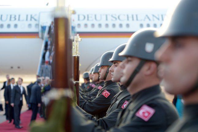 Turkey urges Berlin to reject soldiers' asylum bids