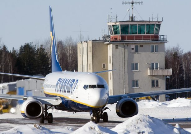 Passengers furious as Ryanair flight from Sweden delayed by 24 hours