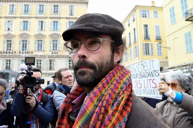 'Heroic' French farmer faces jail for helping migrants across Italian border