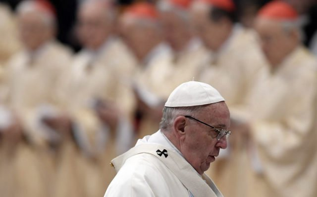 Pope Francis urges bishops for 'zero tolerance' on sex abuse