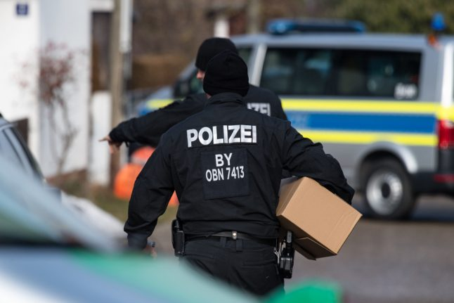 Police raid Reichsbürger extremists who set up 'own country'