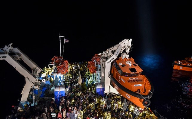 Italian rescuers saved 1,500 people in the Med this weekend