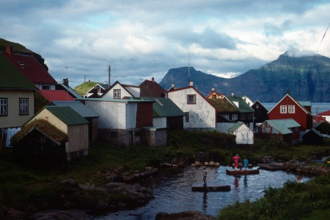 Faroes to hold referendum on new constitution in 2018