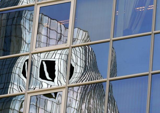 Deutsche Bank hit by second year of huge losses
