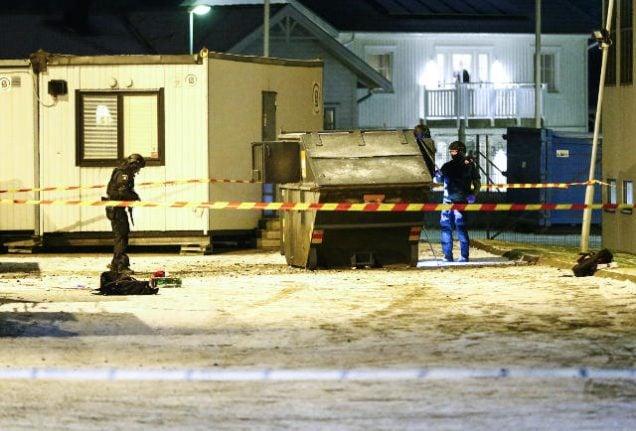 Swedish neo-Nazis held over Gothenburg refugee centre blast