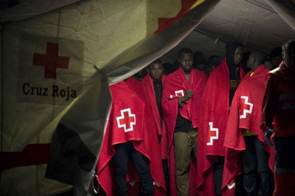 Spanish coast guard rescues 257 migrants at sea