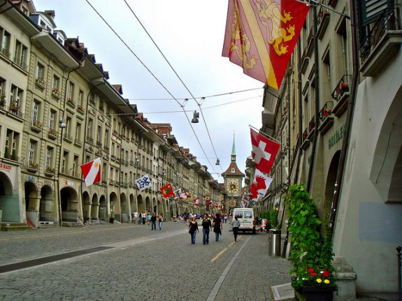 Violent scenes in Bern as police clash with protestors