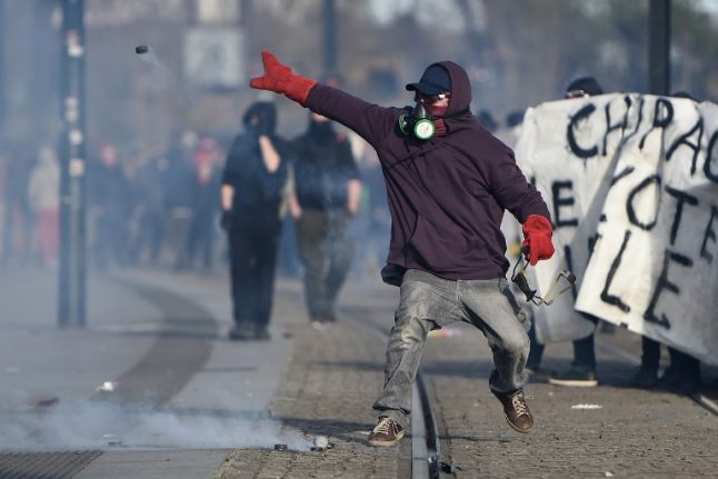 France in 'climate of near civil war', says angry Fillon