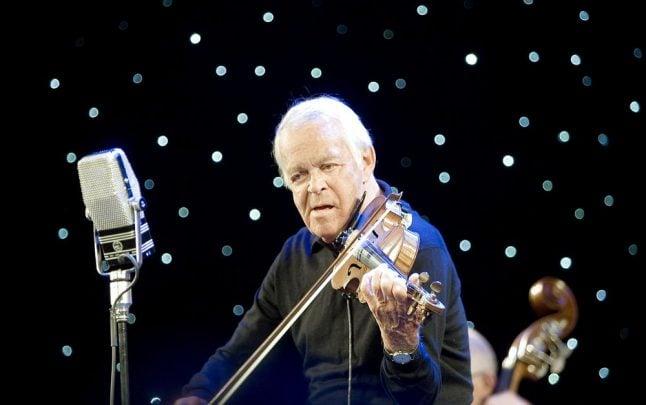 Danish jazz violonist Svend Asmussen dies aged 100