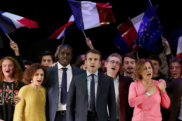 Macron tells French expats in London it's time to come home