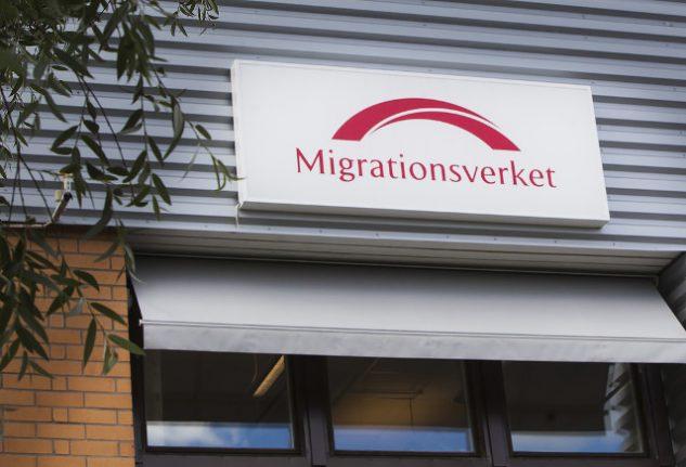 Sweden cuts 2017 refugee forecast further