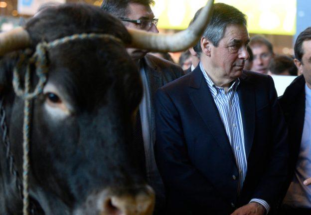 Fed-up farmers await presidential runners at Paris farm expo