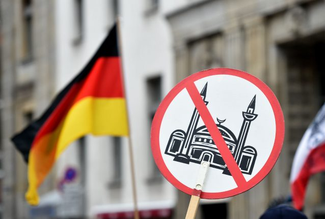 Seven refugees attacked every day on average in Germany
