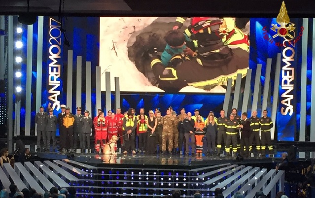 Italy's music festival honours firefighters – and rescue dog