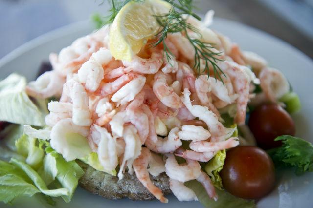 RECIPE: How to make a Swedish prawn sandwich