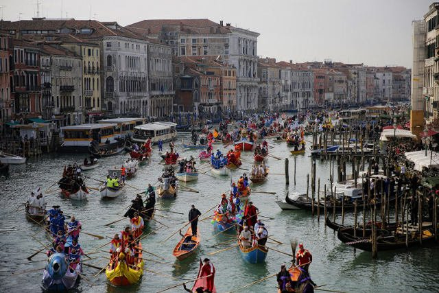 Venice Carnival celebrates 'beauty, the sea, and vanity'