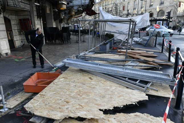 250,000 homes without power as storm hits SW France