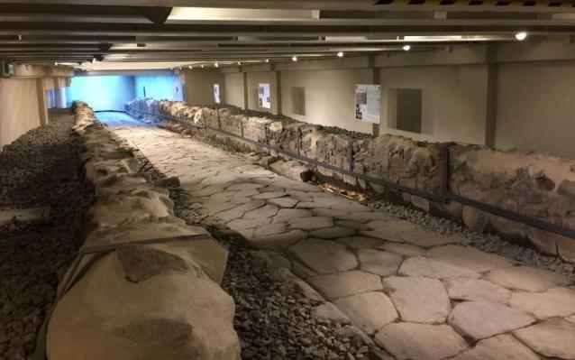 McDonald's opens restaurant-museum over ancient Roman road