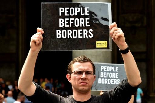 Amnesty slams Switzerland's 'illegal' treatment of migrants at Italian border