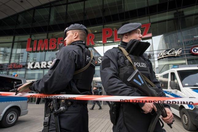 Terror threat that shut down Essen shopping mall was 'very concrete': police