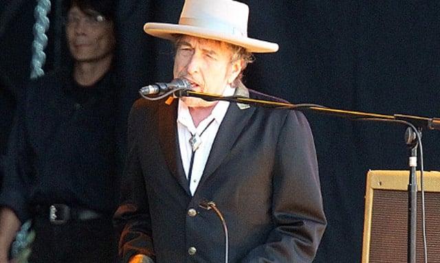 Bob Dylan to receive Nobel Prize this weekend