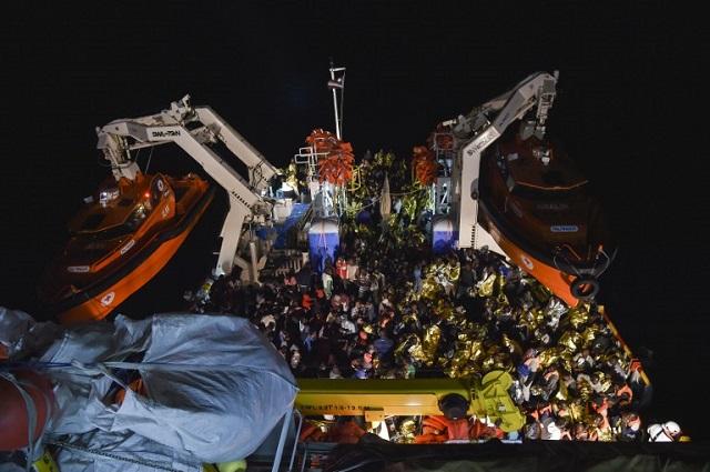 Almost 1000 migrants were rescued off Libya on Thursday: Italian coastguard