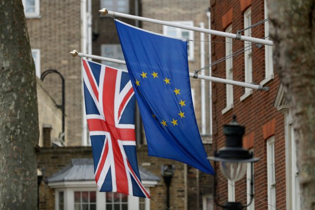 Trade with UK will be more difficult and expensive post-Brexit, Swedish government warned