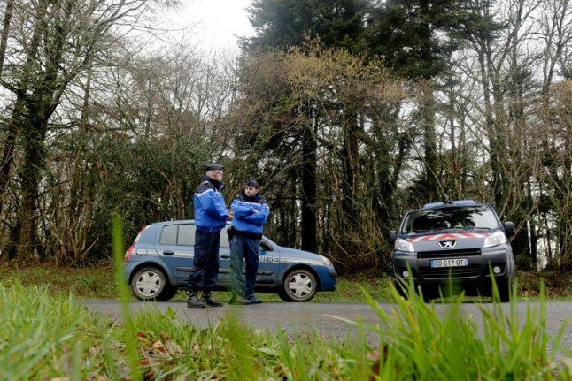 Jogger finds belongings as France desperately hunts missing family