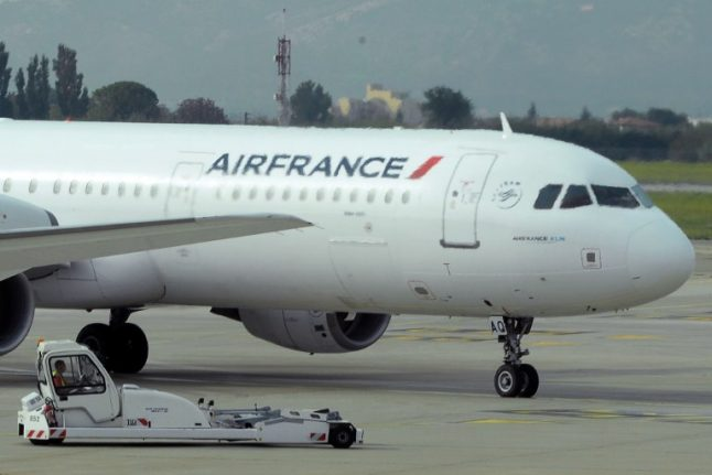 Air France cabin crew's three-day strike to hit flights this weekend