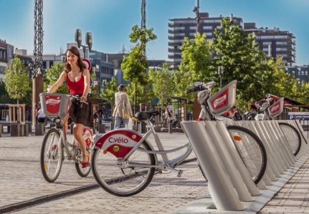 Au revoir Velibs: Paris to get new fleet of modern city bikes