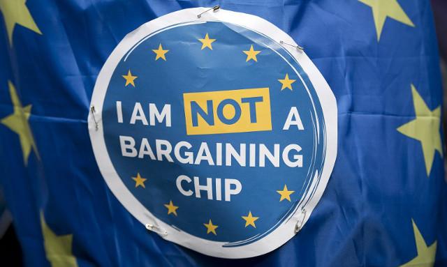 'Brexit bargaining chips' – French in UK vs Brits in France