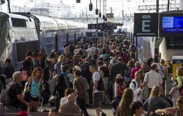 France opens summer train tickets bonanza including seats on new TGV lines