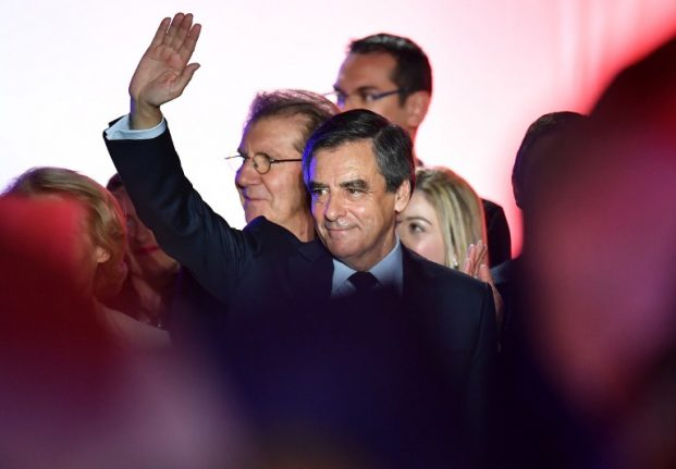 Fillon to talk politics as his party supporters fade away